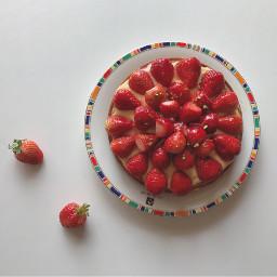 strawberry tart custardcream pistachio freetoedit